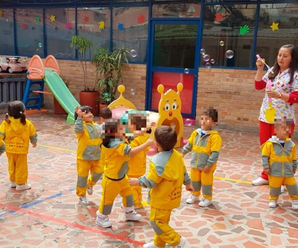 Letras y Artes Jardín Infantil (Bogotá)